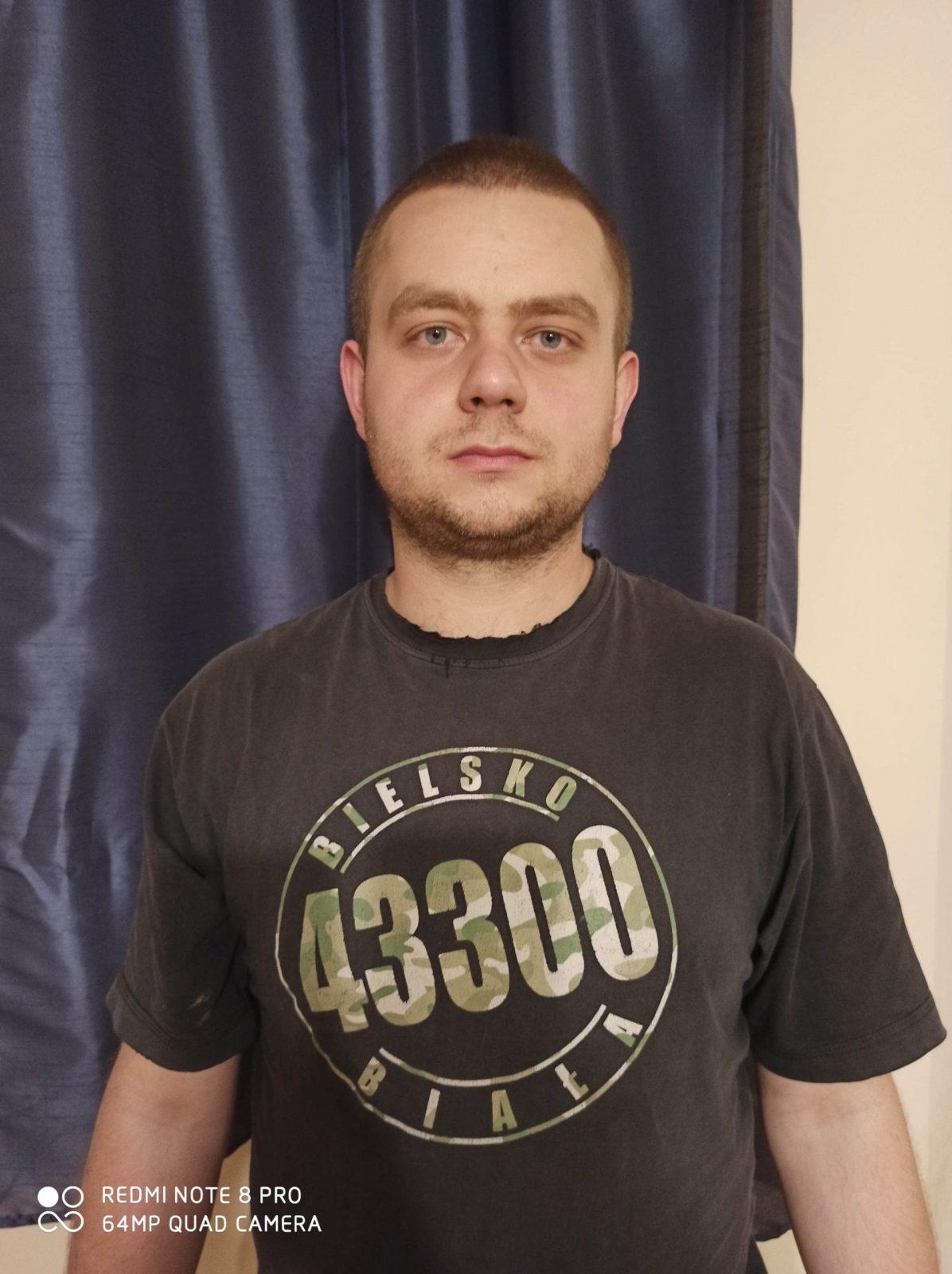 18 Piotr Heller