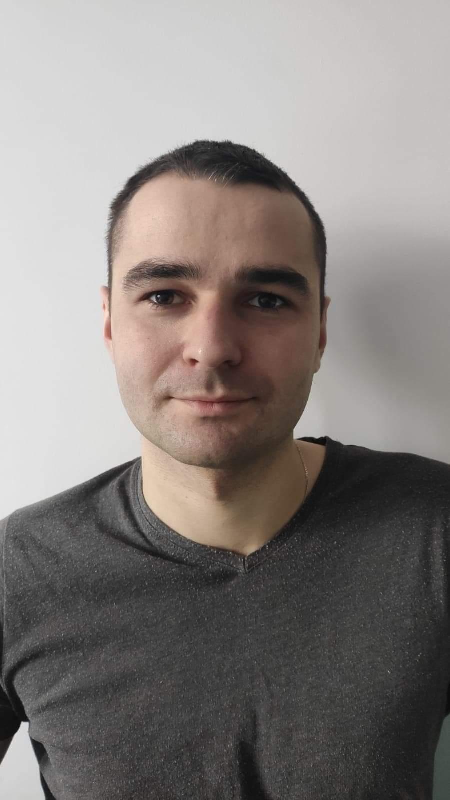 15 Damian Mazur
